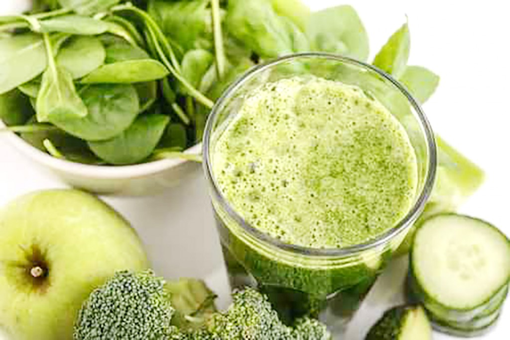 Green vegetables smoothie